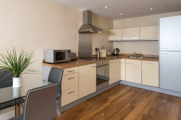 Kitchen, Headingley Serviced Apartments, Leeds
