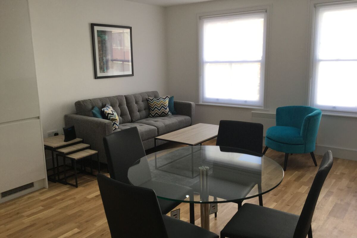 Dining area, Old Street Serviced Apartments, Old Street