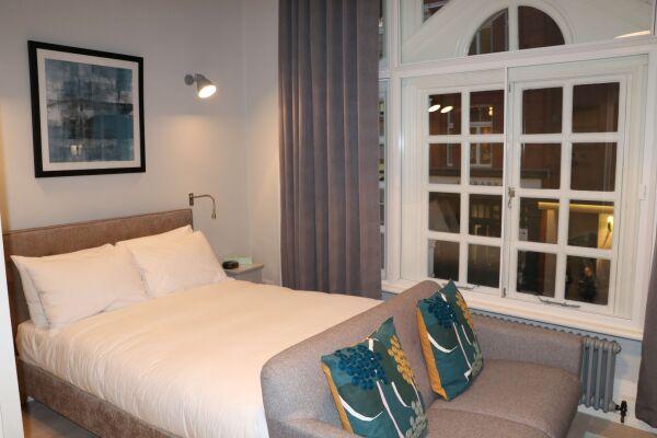 Bedroom, St Martin's Lane Serviced Apartments, London