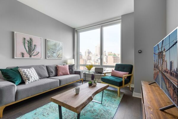 Lounge, East 92nd Street Serviced Accommodation, New York