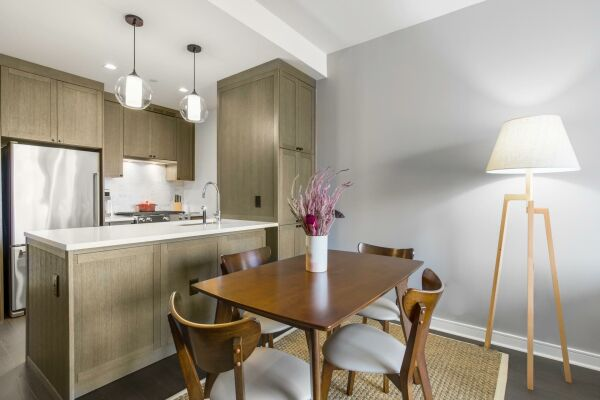 Dining area, East 92nd Street Serviced Accommodation, New York