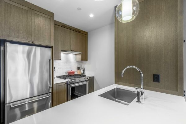 Kitchen, East 92nd Street Serviced Accommodation, New York