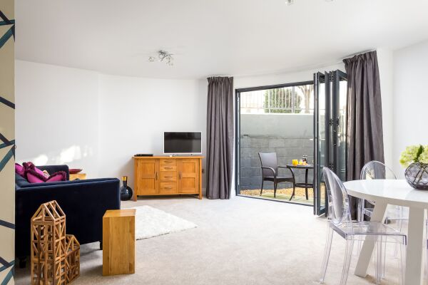 Living Area, St George's Road Serviced Apartments, Cheltenham