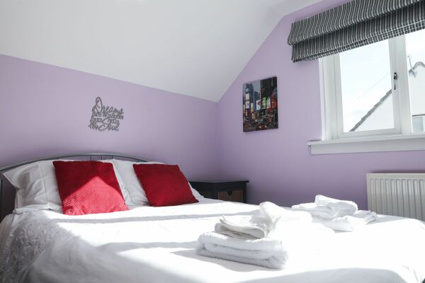 Raffles Villa Accommodation - Hamilton, Lanarkshire