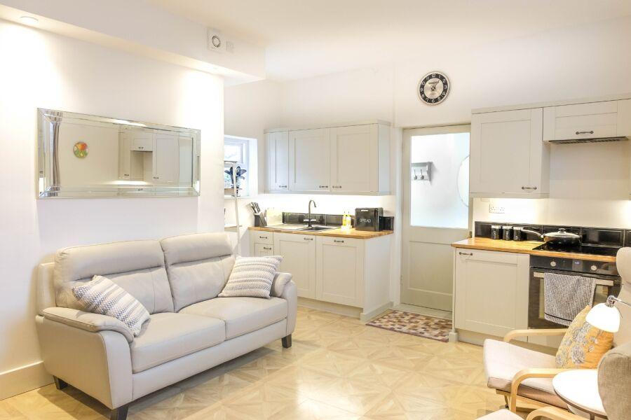 78 Suffolk Road Apartment - Cheltenham, United Kingdom