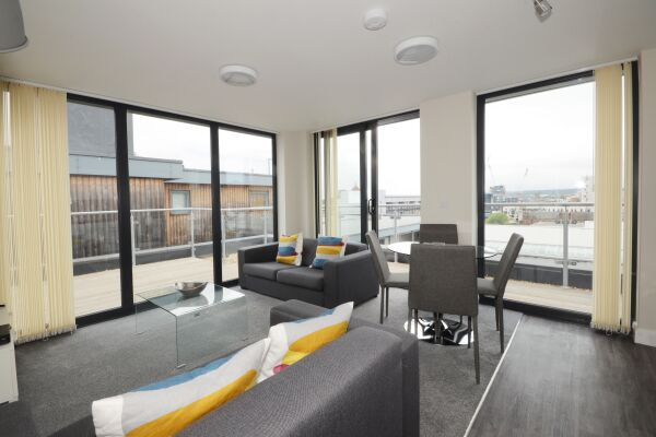 Living and Dining Area, Victoria House Apartments, Leeds