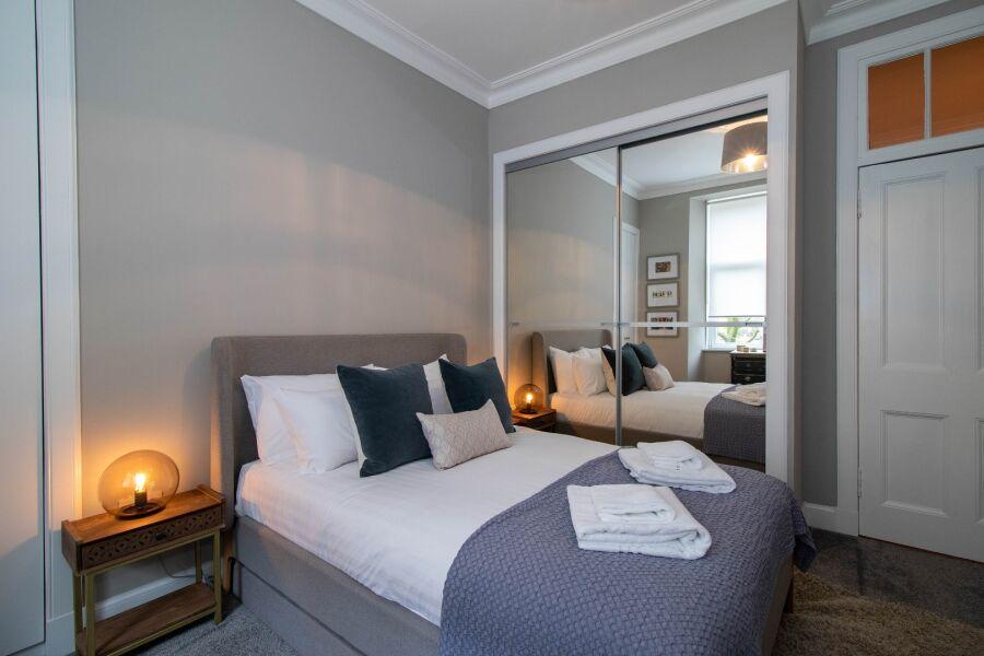 Nairn Apartment - Glasgow, United Kingdom