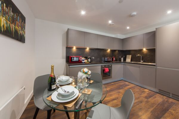 Dining Area, Cambridge Street Apartments, Manchester