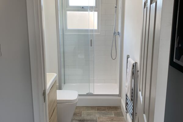 Bathroom, Victoria House Accommodation, Canton