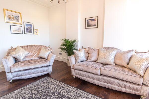 Lounge, Mint Drive Serviced Apartment, Birmingham