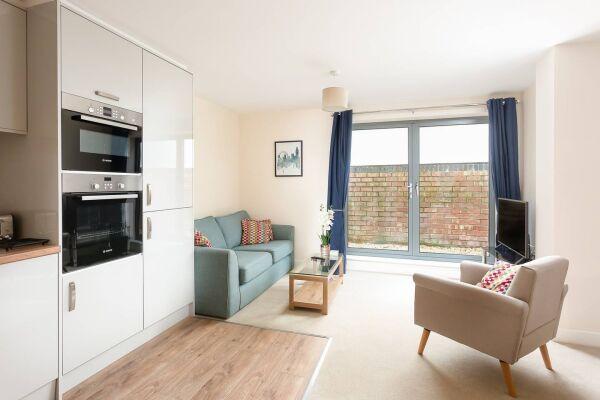 Flat 2 living room