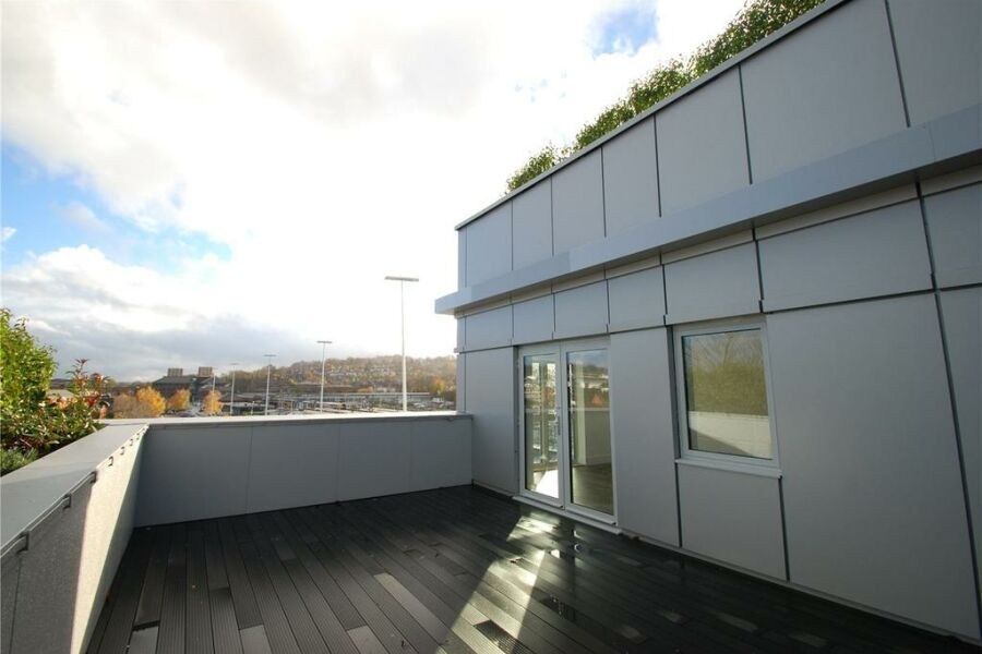 Station View Apartments - Guildford, United Kingdom