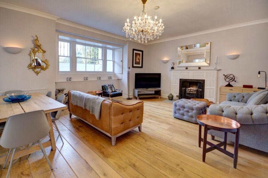 Lansdown Terrace Apartment - Cheltenham, United Kingdom