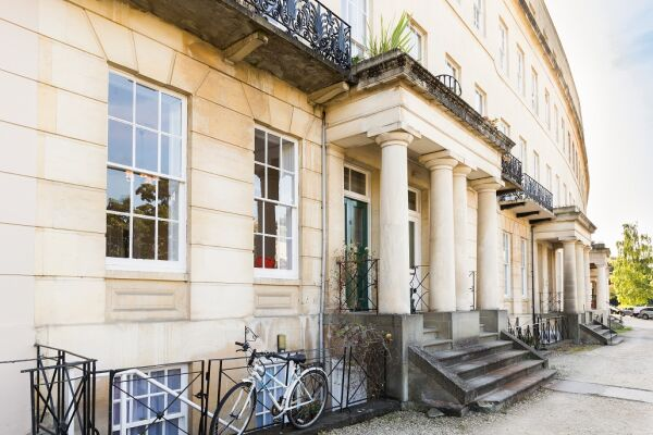 Exterior, 18 Lansdown Crescent Serviced Apartment, Cheltenham