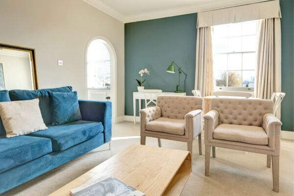 Living Area, Wolcote House Serviced Apartment, Cheltenham