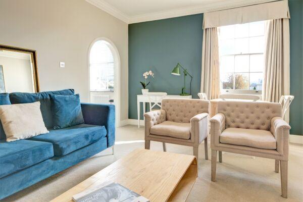 Living Area, Wolcote House Serviced Apartment, Cheltenham