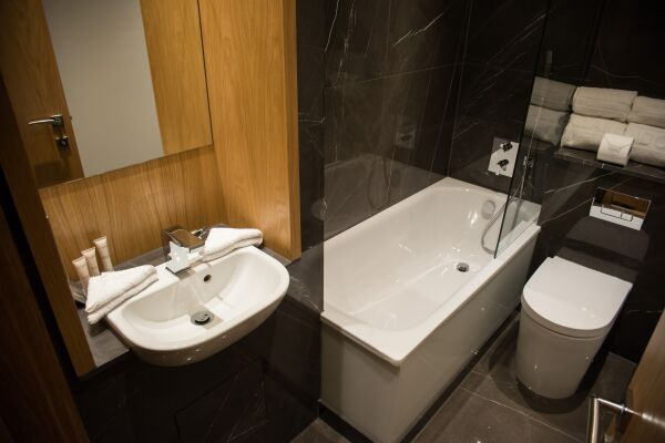 Bathroom, Durweston Street Serviced Apartments, Marylebone, London