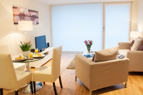 Living Room, Lanterns Court Serviced Apartments, Canary Wharf, London