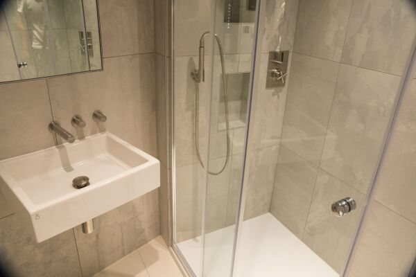 Bathroom, Garrick Street Serviced Apartments, Covent Garden