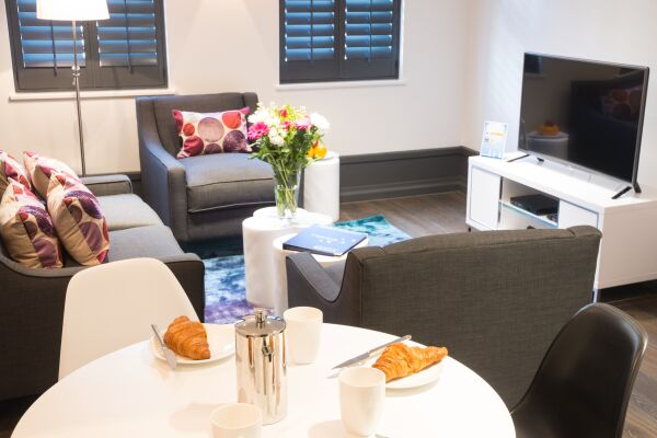 Living and Dining Area, Garrick Street Serviced Apartments, Covent Garden