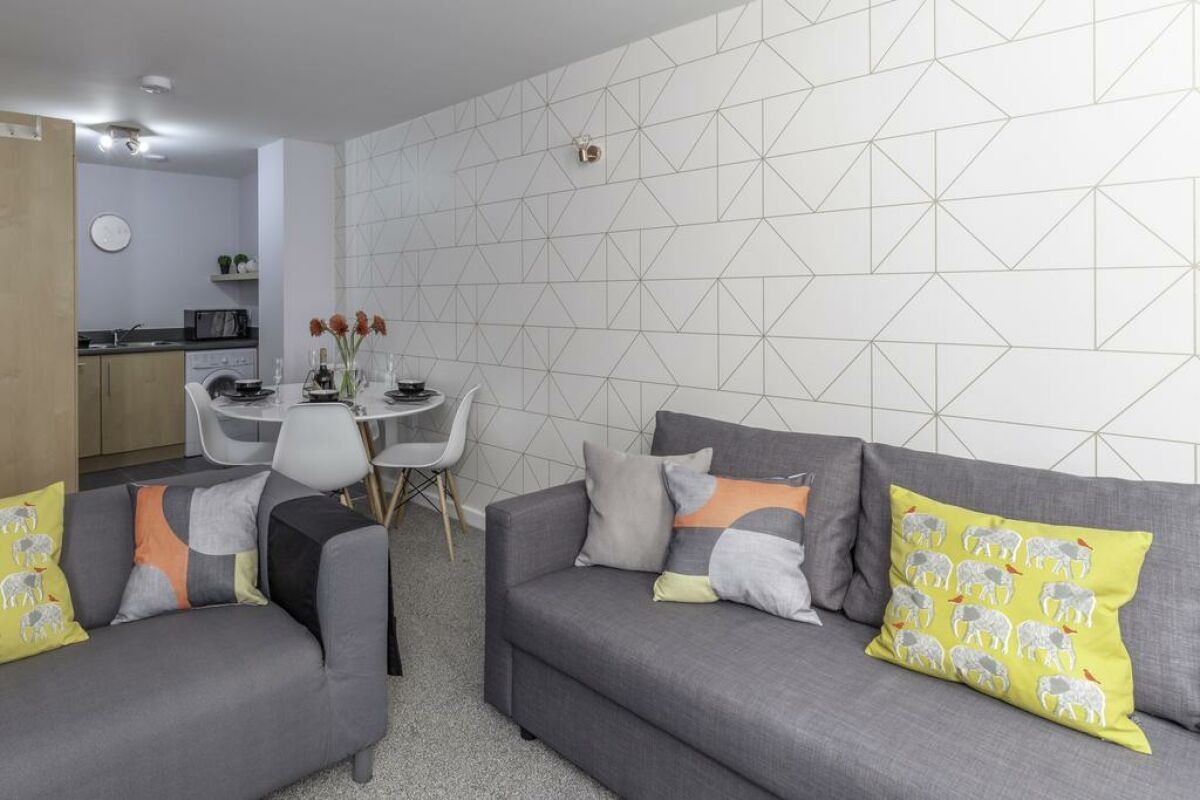 New Image for Alexandra House Apartment - Leicester