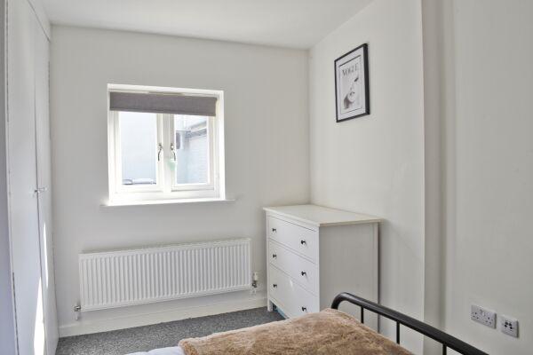 Bedroom with plenty of storage space