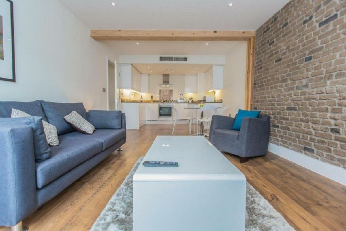 Open Plan Living Area, Limehouse Serviced Apartments, London