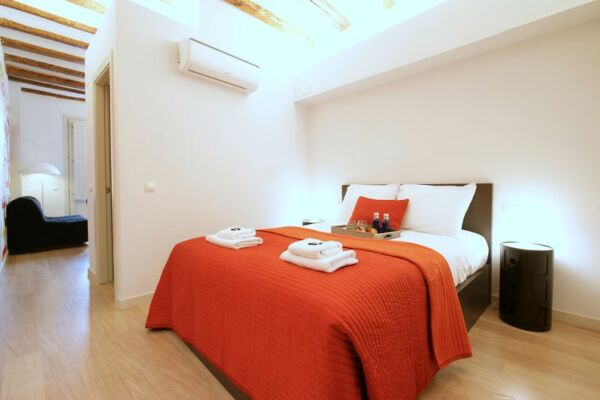 Bedroom,  Borne Pop Art Serviced Apartments, Barcelona