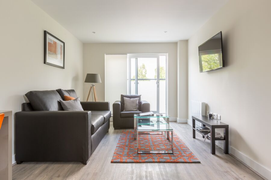 Solstice House Apartments - Farnborough, United Kingdom
