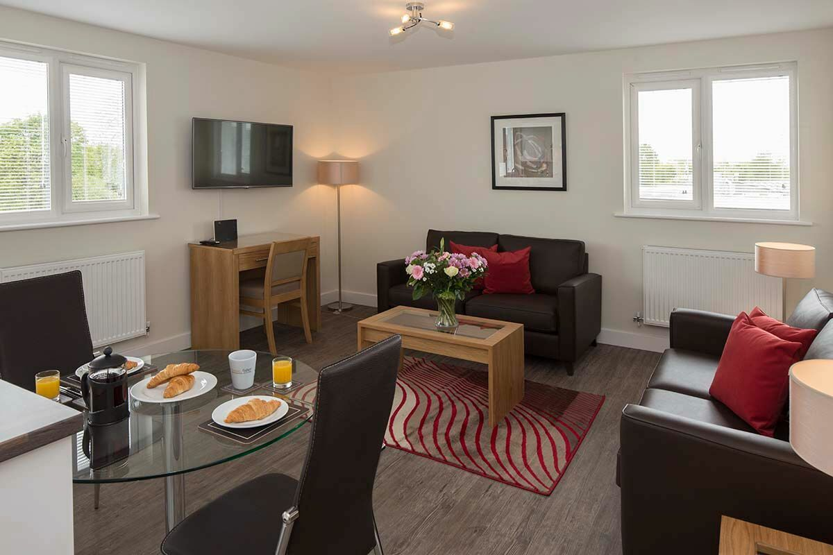 Dining Area, Beneficial House Serviced Apartments, Bracknell