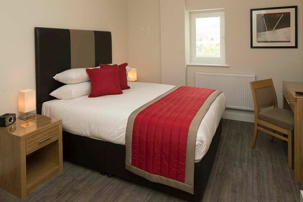 Bedroom, Beneficial House Serviced Apartments, Bracknell