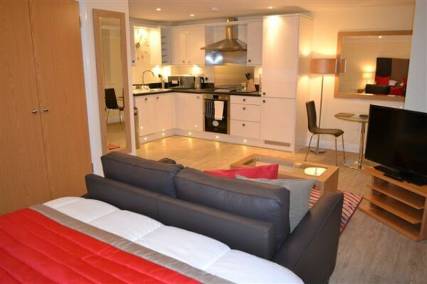 Living Space, Central Point Serviced Apartments, Basingstoke