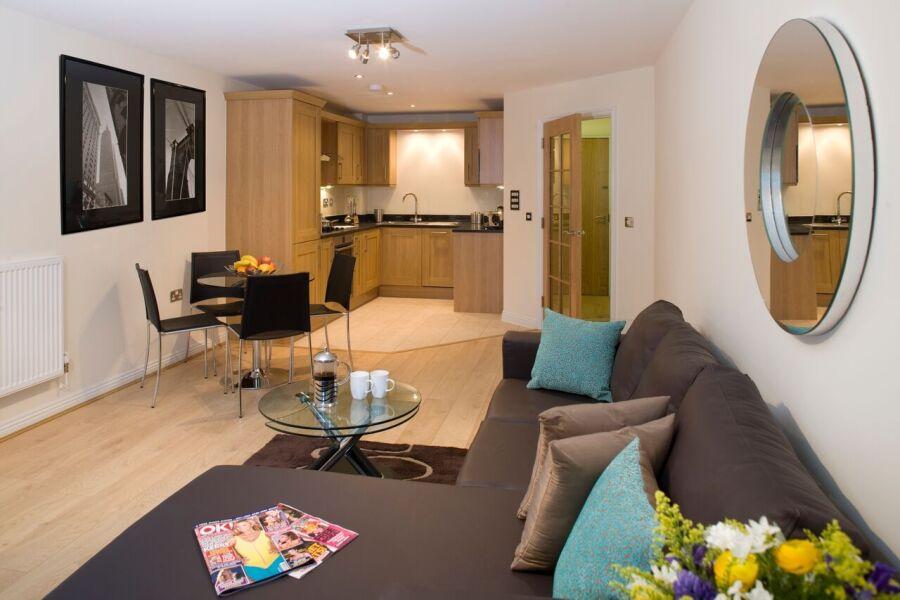 Cliddesden Place Apartments - Basingstoke, United Kingdom