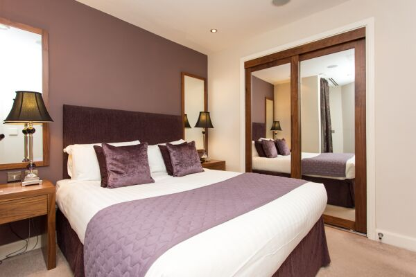 Bedroom, Park Place Serviced Apartments, Leeds