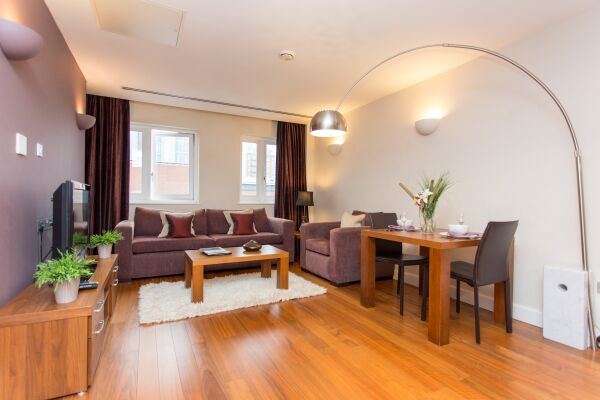 Park Place Serviced Apartments in Leeds, Living Area