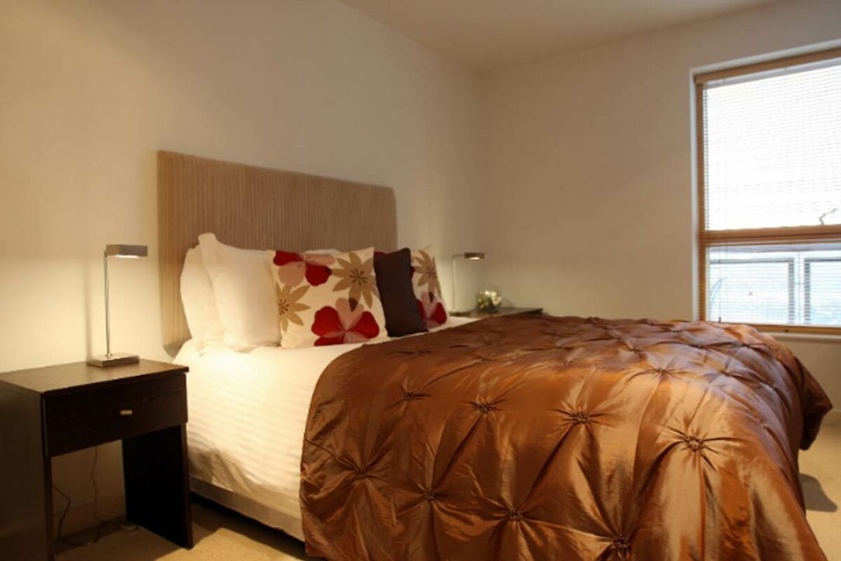 Bedroom, Riverside West Serviced Apartments, Leeds