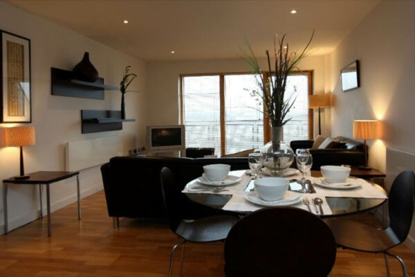 Riverside West Serviced Apartments in Leeds, Dining Area