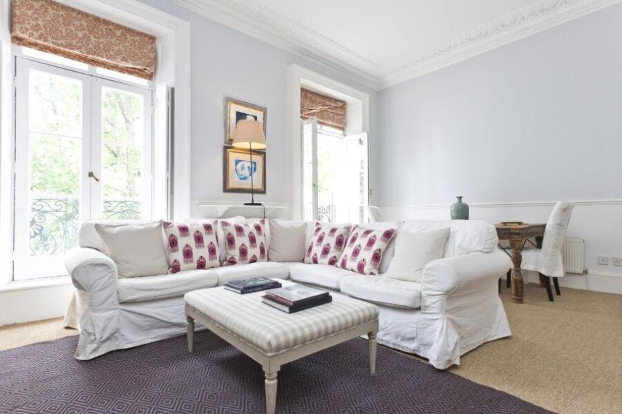 Westmoreland Terrace Accommodation - Pimlico, Central London