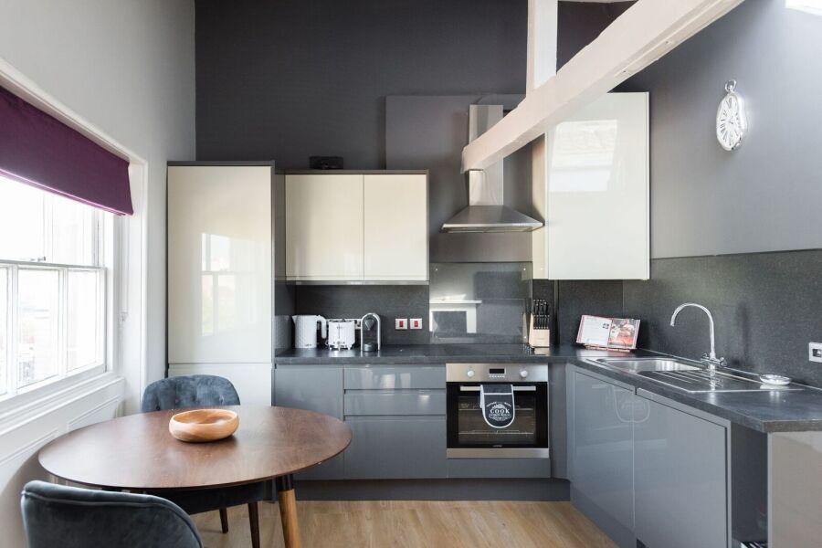 Harbourside Loft Apartment - Bristol, United Kingdom