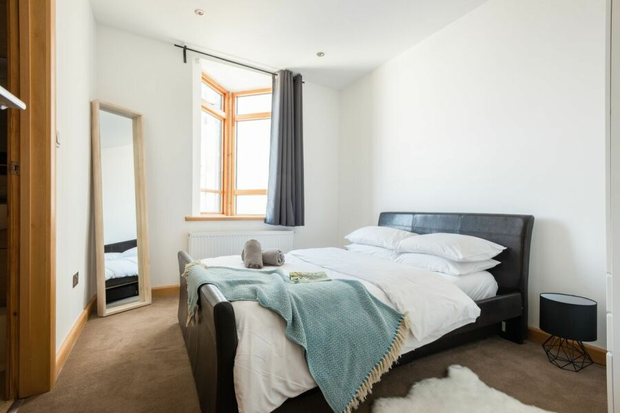 College Green Chalet Accommodation - Bristol, United Kingdom