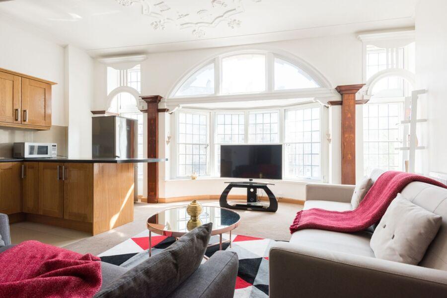 College Green Loft Apartment - Bristol, United Kingdom