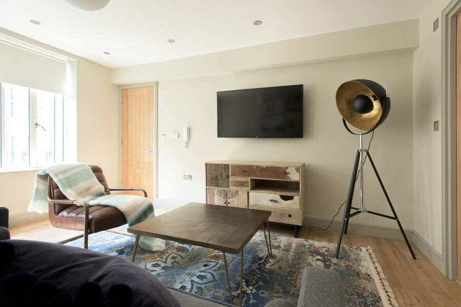 New Bond Street Loft Apartment - Mayfair, Central London