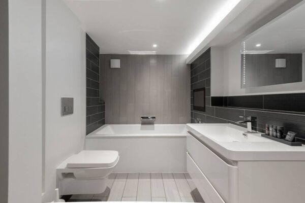 Wardour Street Apartments - St. James's, Central London