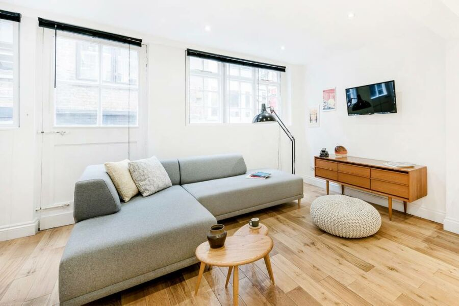 Wardour Mews Apartments - Soho, Central London