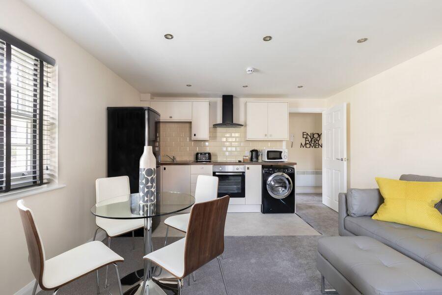 Murray House Ground Floor Apartment - Cheltenham, United Kingdom