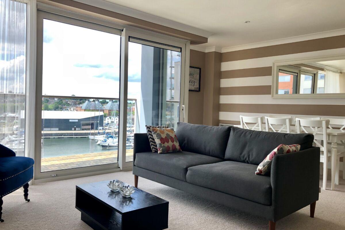 5th Floor Lounge with balcony