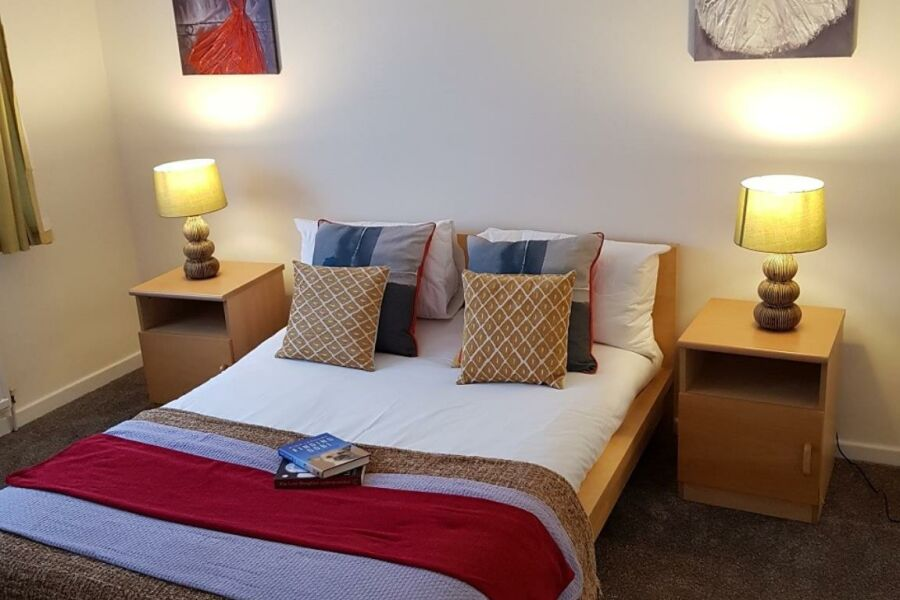 Brentwood Townhouse Accommodation - Dunstable, Bedfordshire