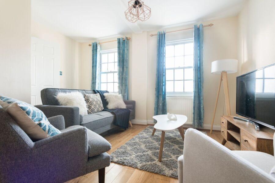 Lapis Lounge Accommodation - Bath, United Kingdom