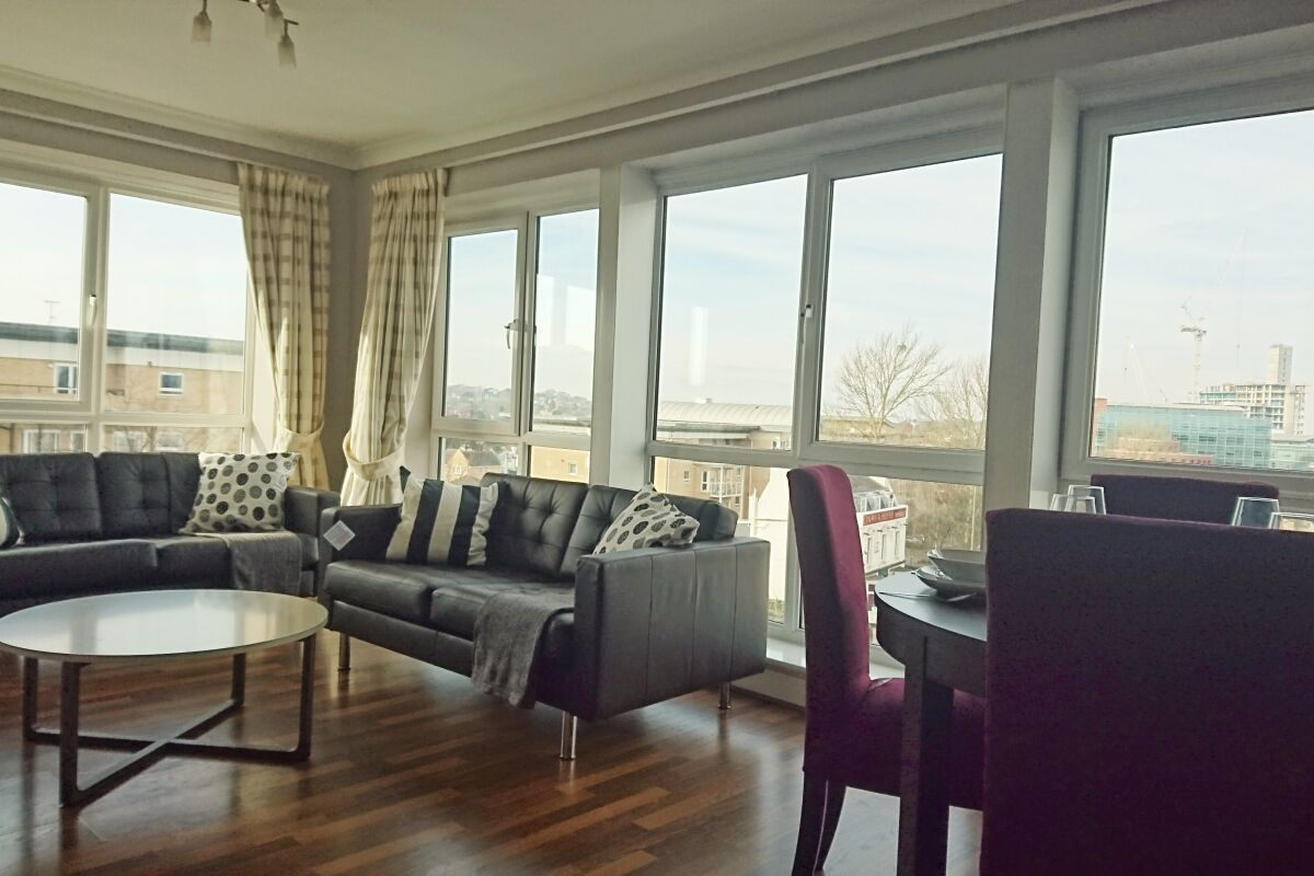 Living Room, Hardwick House Serviced Apartment, Bromley