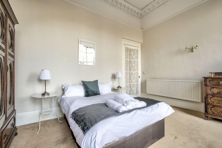 Oxford Terrace Apartment - Edinburgh, United Kingdom